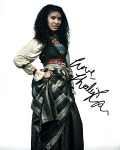 Thalissa Teixeira, Musketeers-  10 x 8 Genuine Signed Autograph 10382